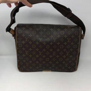 Authentic Louis Vuitton messenger bag monogram